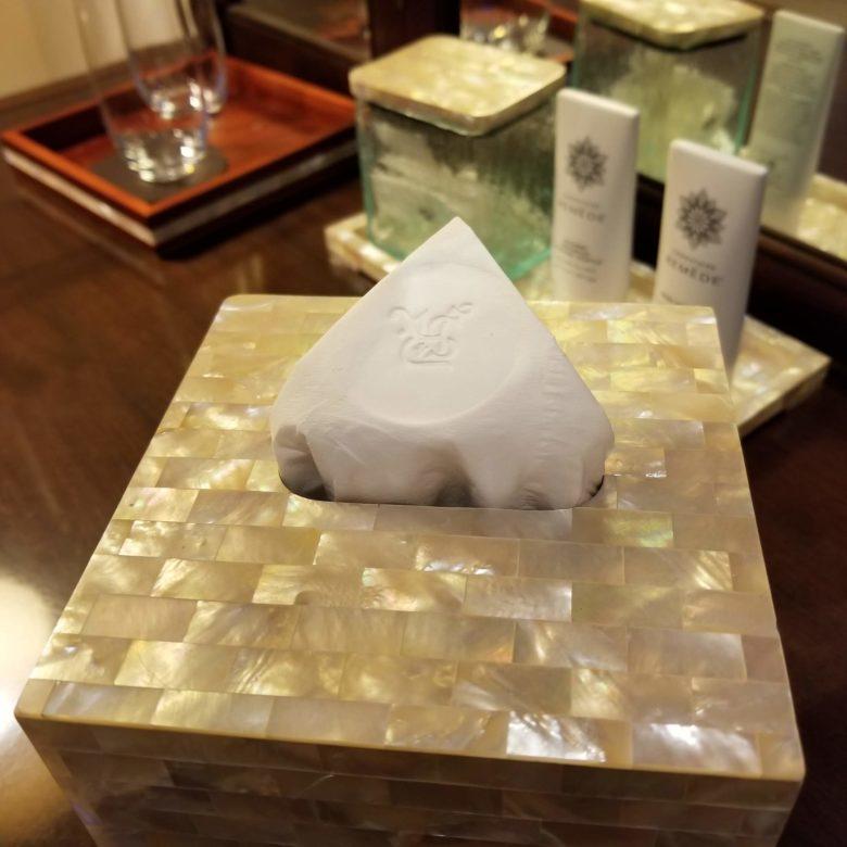 セントレジスバリ バリ島 最高級ホテル SPGアメックス ポイント 無料宿泊 マリオット オーキッドエグゼクティブスイート テッシュ 刻印