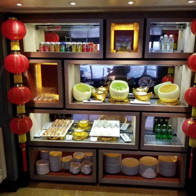 コンラッド香港のエグゼクティブラウンジのフルーツコーナー