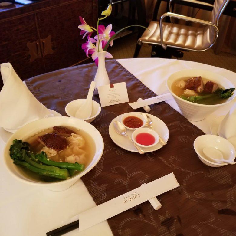 コンラッド香港のルームサービスのラーメン
