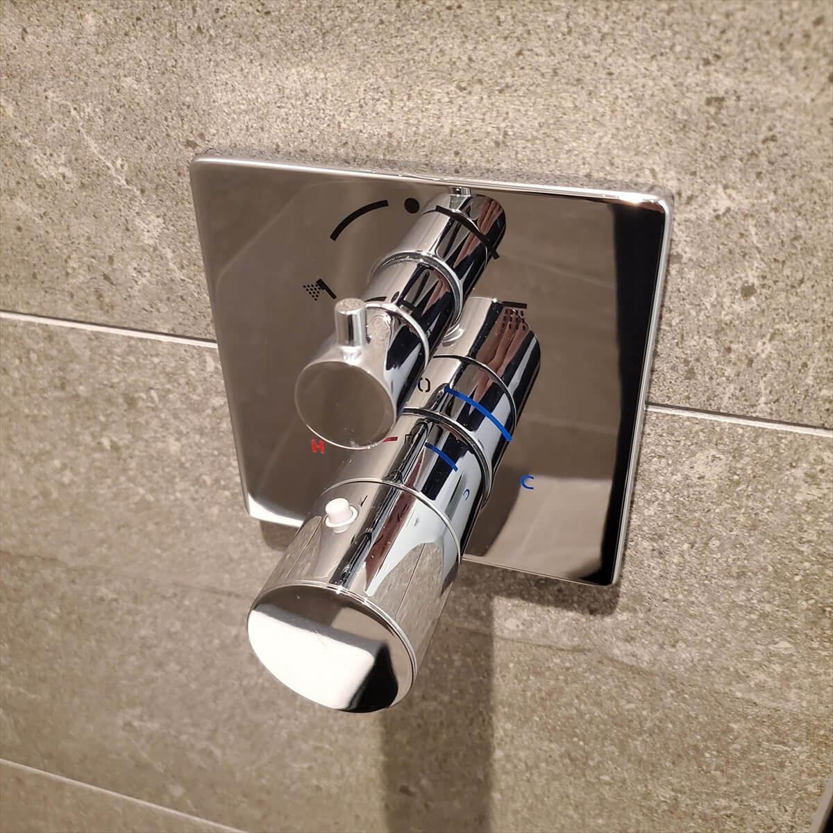 ACホテル銀座のプライムスーペリアキングのシャワー水栓