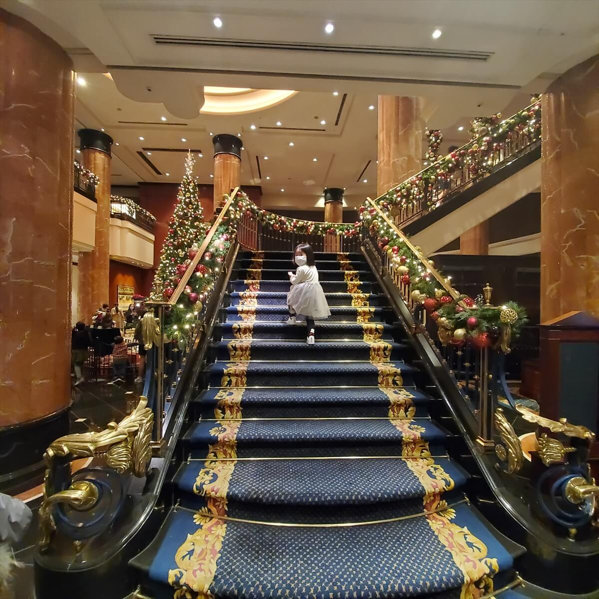 ウェスティンホテル東京のロビーの階段